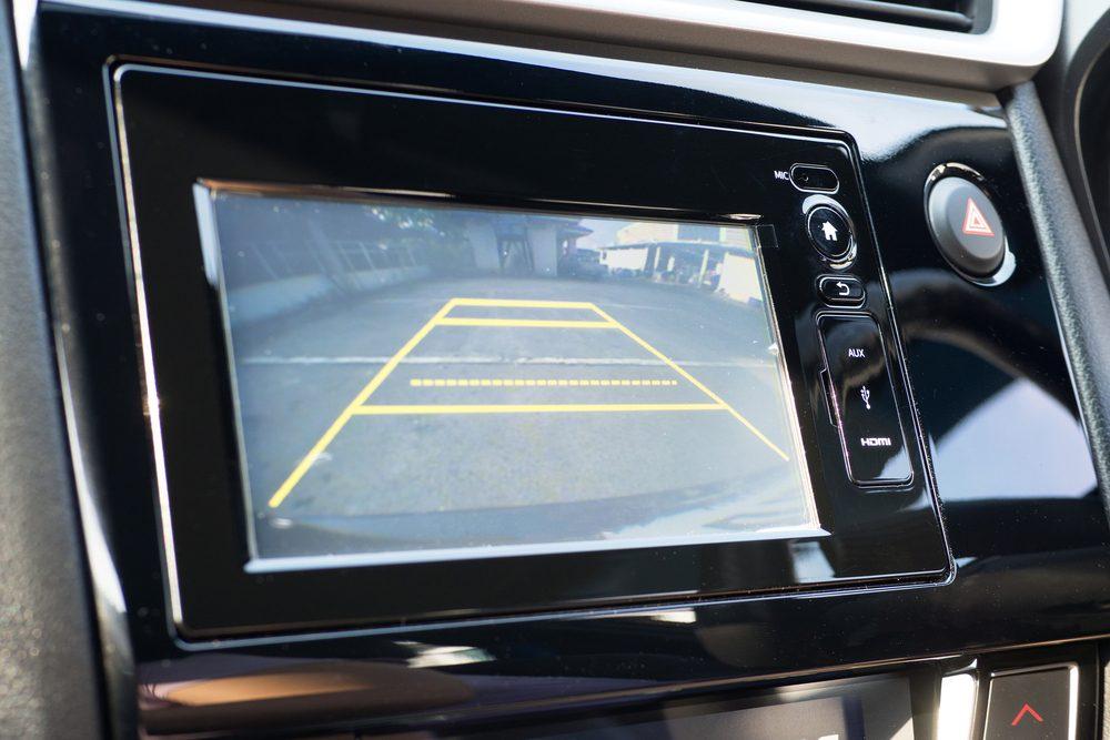 Informez-vous sur les possibilités quant aux fonctionnalités qui augmentent votre sécurité et celle de vos passagers.