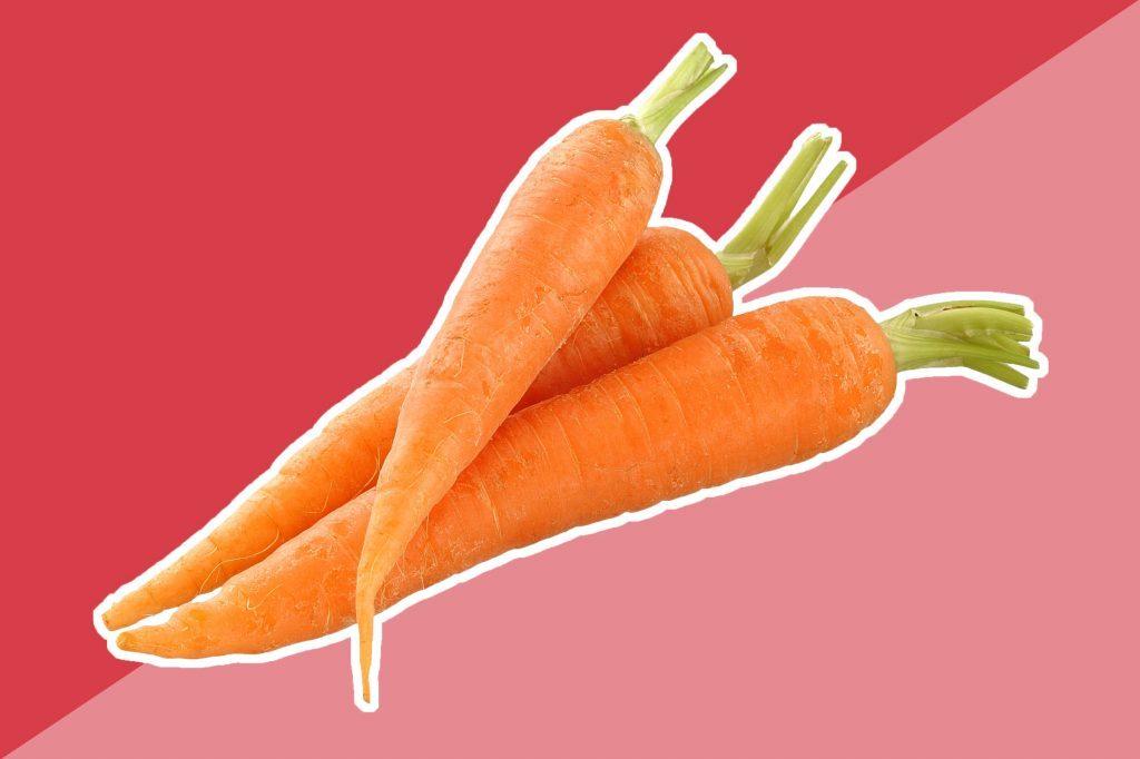 Les carottes — ou tout autre fruit ou légume rouge, jaune et orange — sont remplies de caroténoïdes et les études montrent que ceux-ci réduisent l'intensité des coups de soleil.