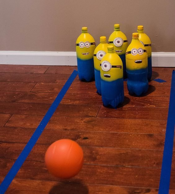 Bowling en jaune et bleu Minions