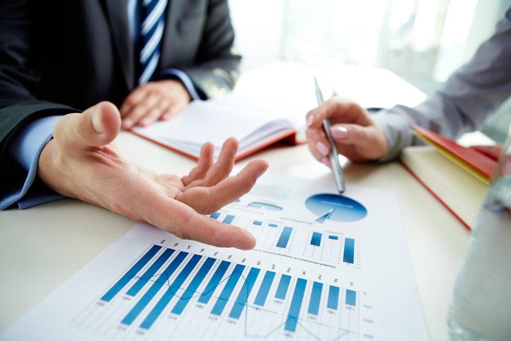 Louer ou acheter? Pesez les « pour » et les « contre » et renseignez-vous sur les types de financement disponibles.