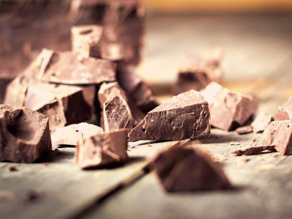 Aliment riche en fer: le chocolat noir.