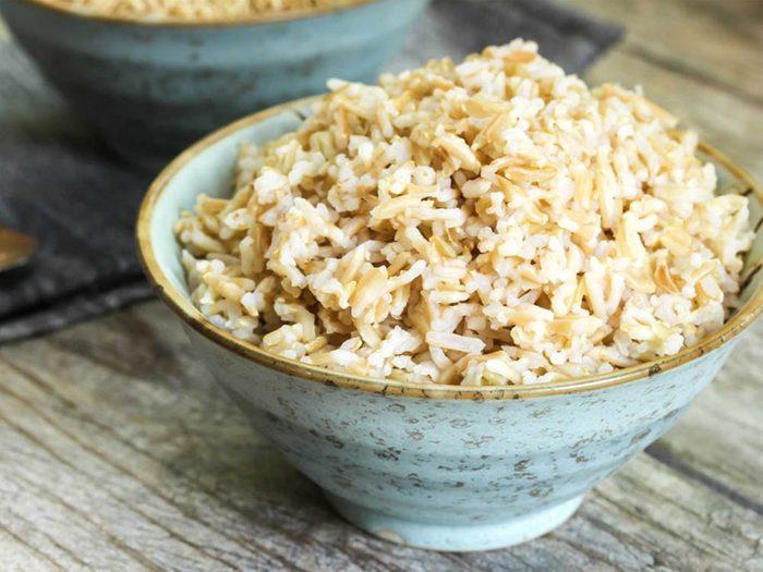 Aliment riche en fer: le riz brun.