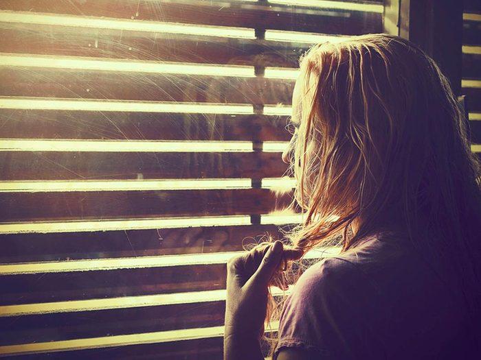 Anxiété sociale: arrêtez l'autocritique.