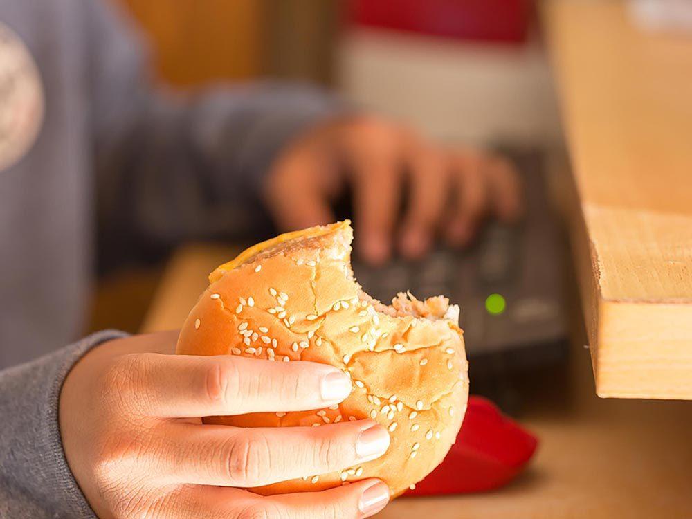 La dépression fait manger et il est plus difficile de maigrir