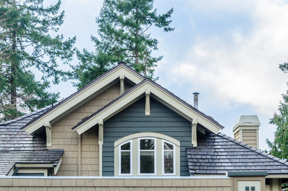 Demandez pourquoi la maison est en vente. Si la maison a des défauts, que les murs sont en train de se détériorer, vous avez le droit de le savoir.