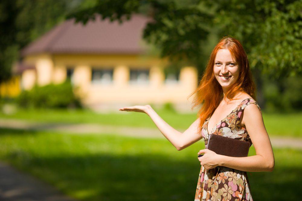 Certains courtiers immobiliers plus jeunes connaissent très bien le marché.