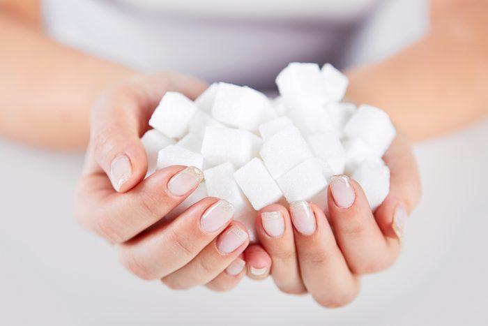 Éviter le sucre et le gras pour calmer l'acidité gastrique et les brûlures d'estomac