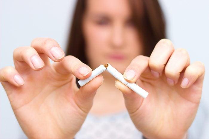 Arrêter le tabac peut améliorer le fonctionnement du système digestif
