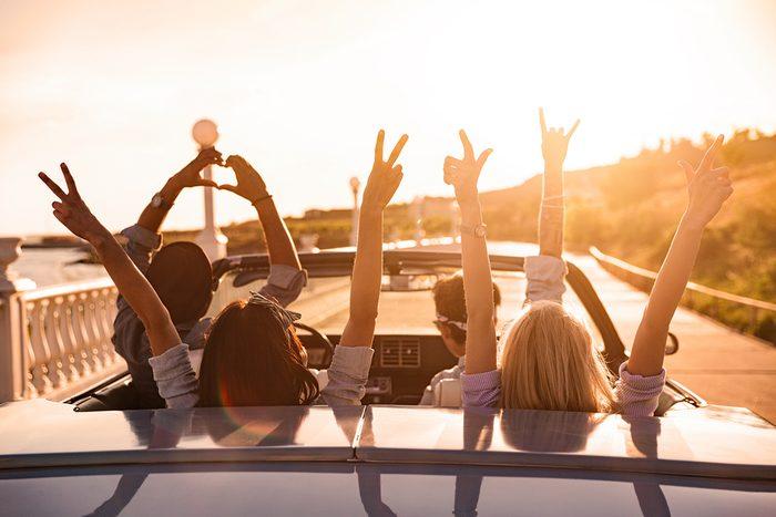 os amis influencent notre sentiment de plénitude et de bonheur.