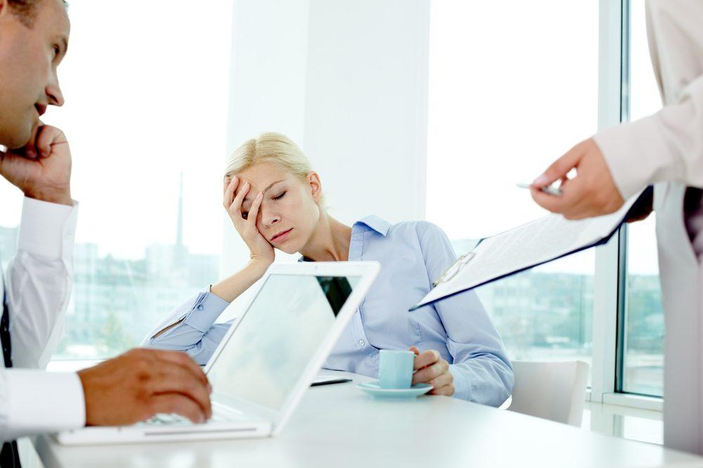 Les gens qui souffrent de narcolepsie peuvent s'endormir n'importe quand et n'importe où, sans préavis.