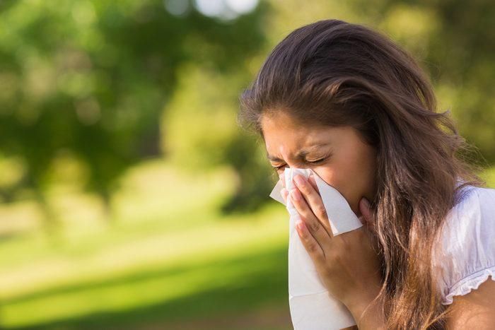 Avoir des amis vous rendrait 4,2 fois moins susceptibles d'attraper un rhume.