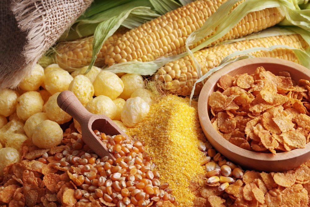 Qu'il s'agisse du sirop de maïs ou bien de l'huile de maïs, ces sous-produits se retrouvent dans une quantité surprenante d'aliments transformés.