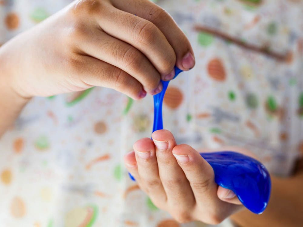 Fabriquer de la glu avec du borax
