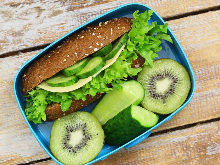 Sauter des repas pourrait entrainer un mal de tête.