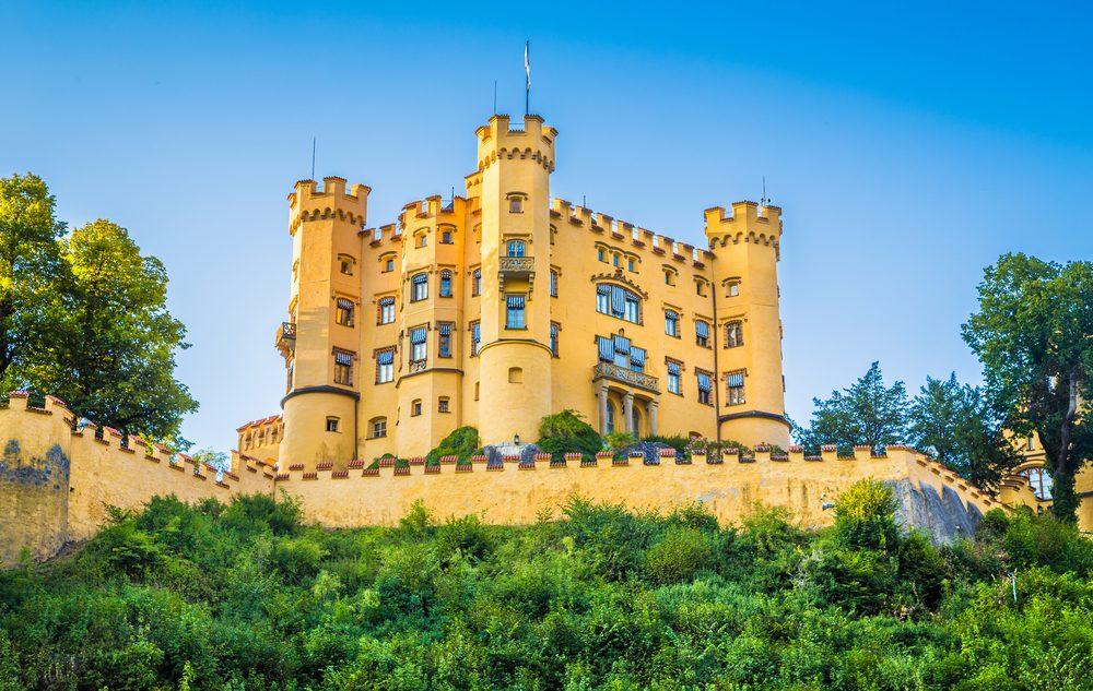 Le château de Hohenschwangau est situé en Allemagne.