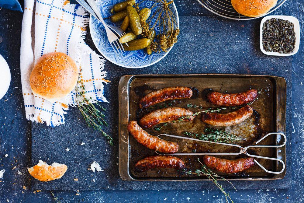 Cornichons et saucisses sont à la base des meilleurs déjeuners tchèques