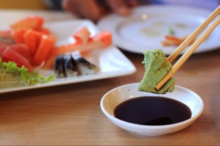 Ne mettez pas du wasabi dans la sauce soja
