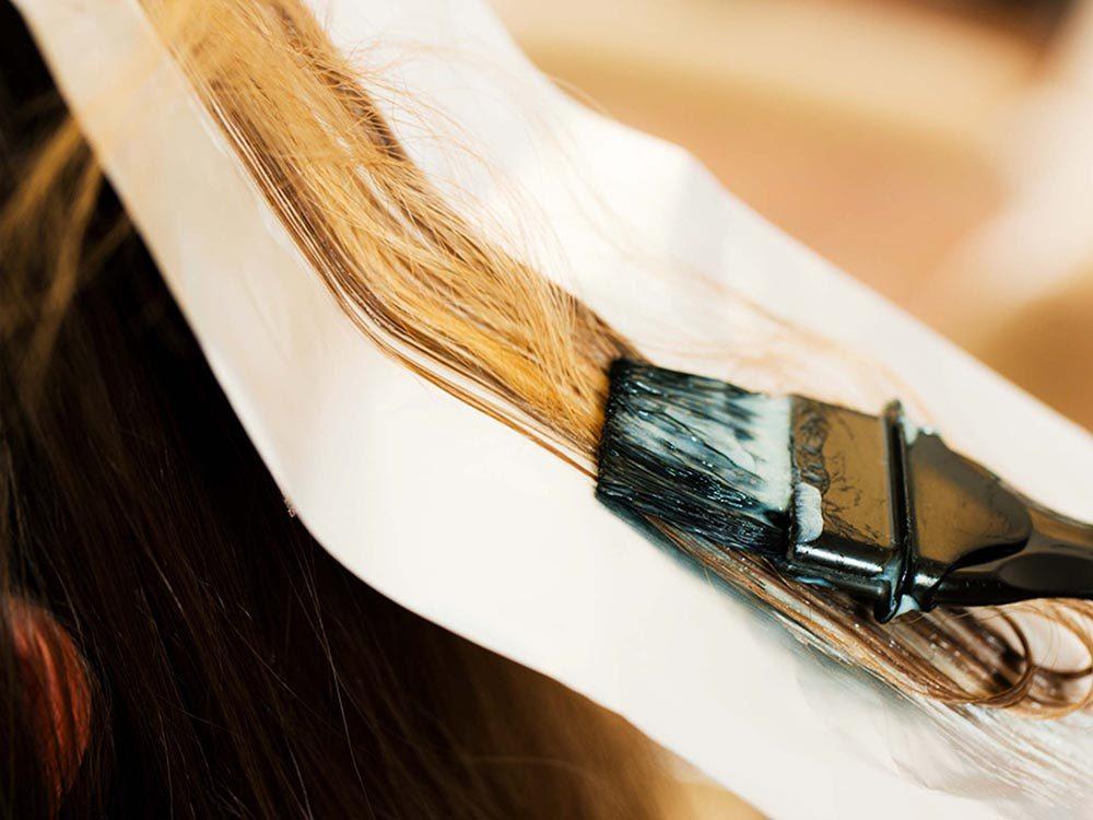 Pour de beaux cheveux gris, faites des mèches.