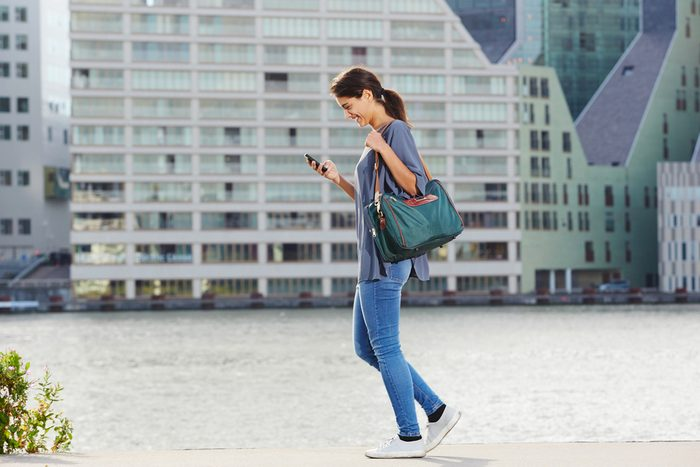 Si votre journée est trop occupée pour votre promenade habituelle de 45 minutes, prenez trois promenades séparées de 15 minutes.
