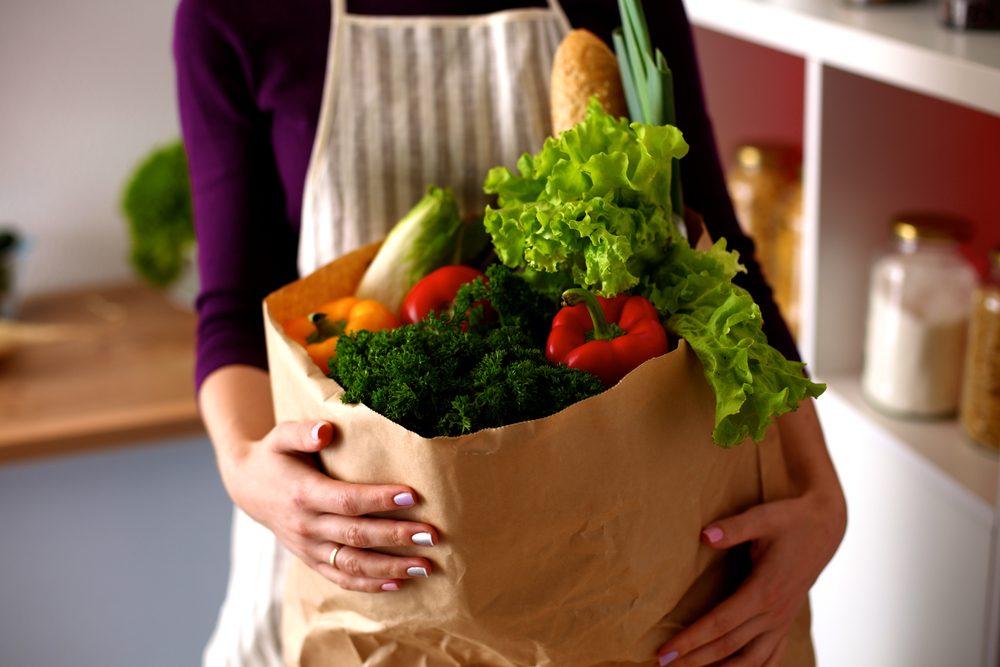 Erreur en cuisine: ne pas ranger son épicerie