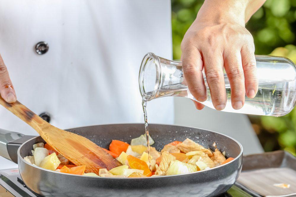 Erreur en cuisine : ajouter trop d'eau à sa recette