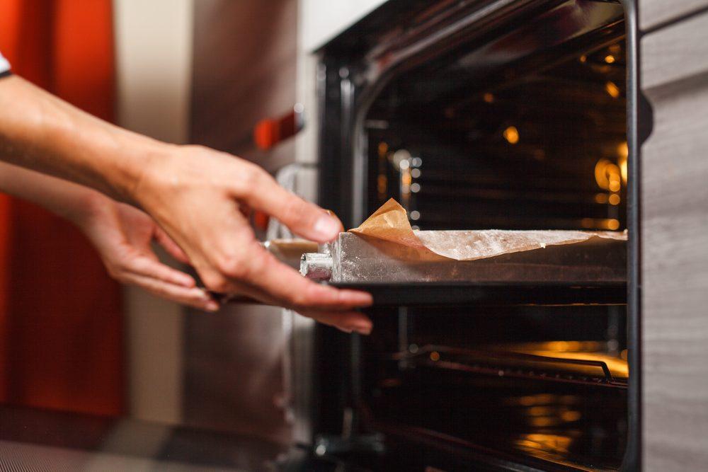 Erreur de cuisine: ouvrir la porte du four