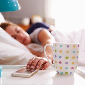 Vaincre l'insomnie : Profitez de vos temps d'éveil pour régler votre heure de coucher.