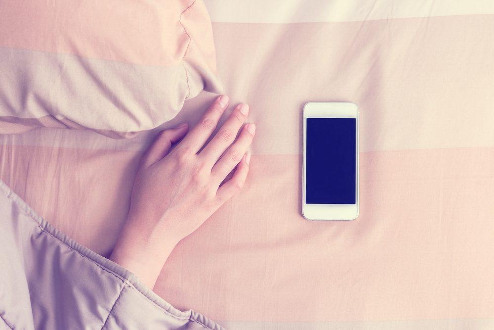 Pour vaincre l'insomnie, sortez votre téléphone de la chambre