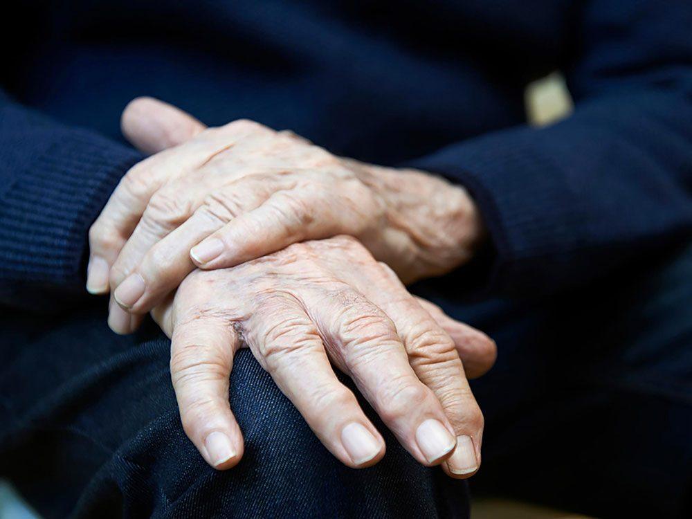 La maladie de Parkinson peut provoquer une perte de l'odorat.