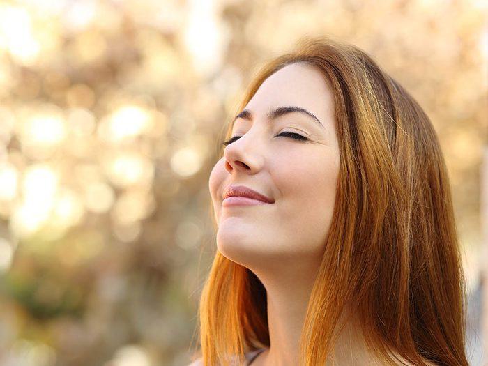 Remède naturel contre le mal de gorge : respirez pas le nez.