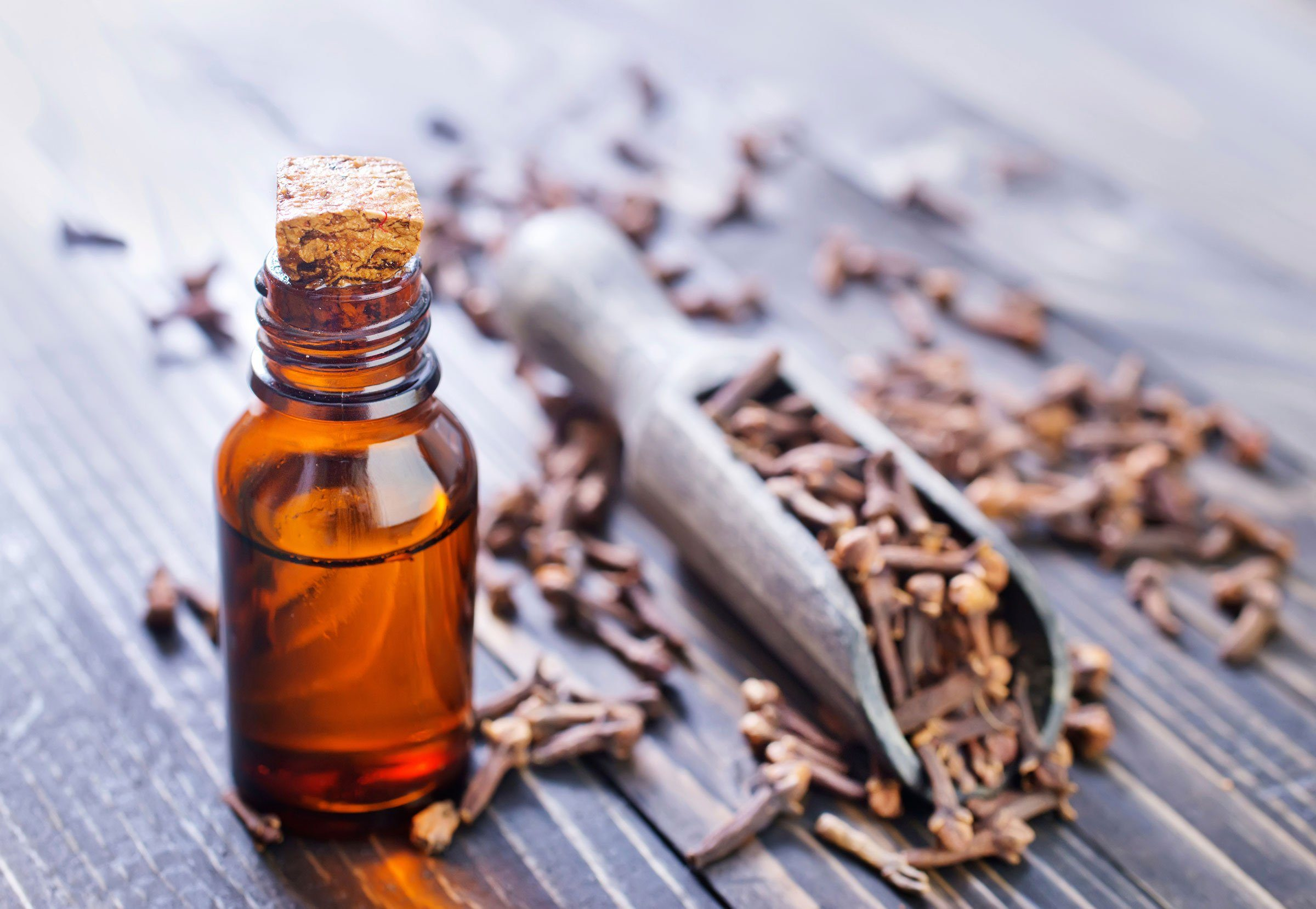 01-11-home-remedies-for-a-toothache-clove-oil