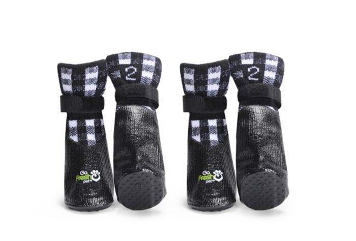Votre chien sera chic et au chaud avec ces bottines tout-terrain.