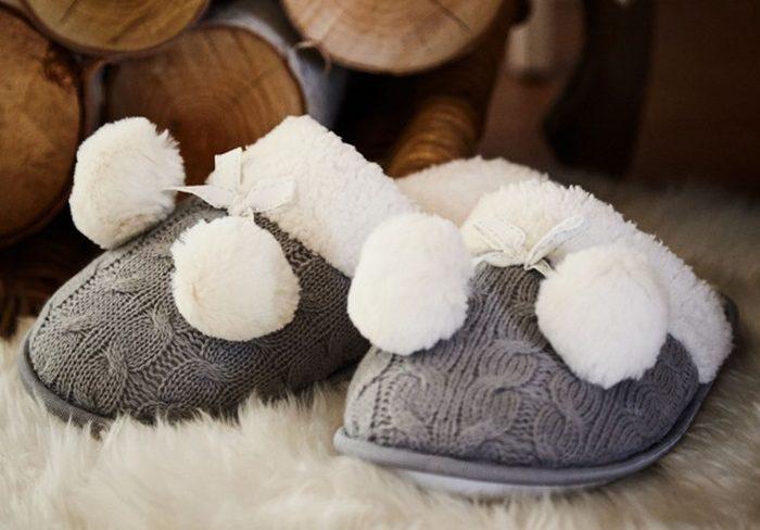 Cadeau de Noël pour un doux matin : Des pantoufles