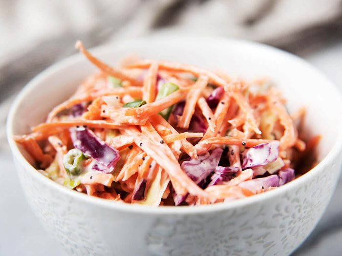 Collations santé: salade de chou au gingembre.