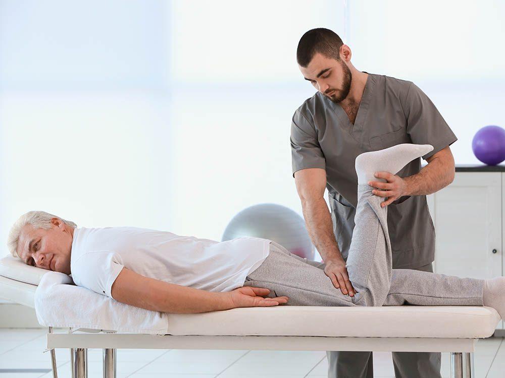 Genou : cet exercice aide à maintenir un équilibre entre les groupes de muscles opposés.