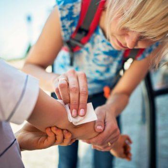 9 signes d'infection suite à une blessure à ne jamais ignorer