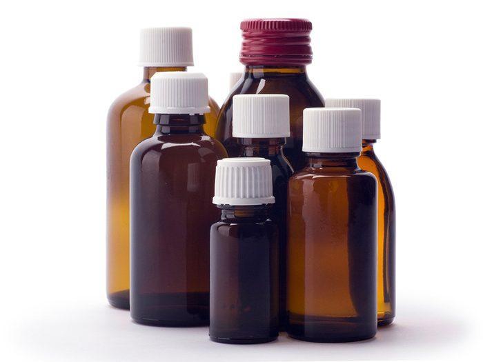 Remède contre le mal de dents: le peroxyde d'hydrogène.