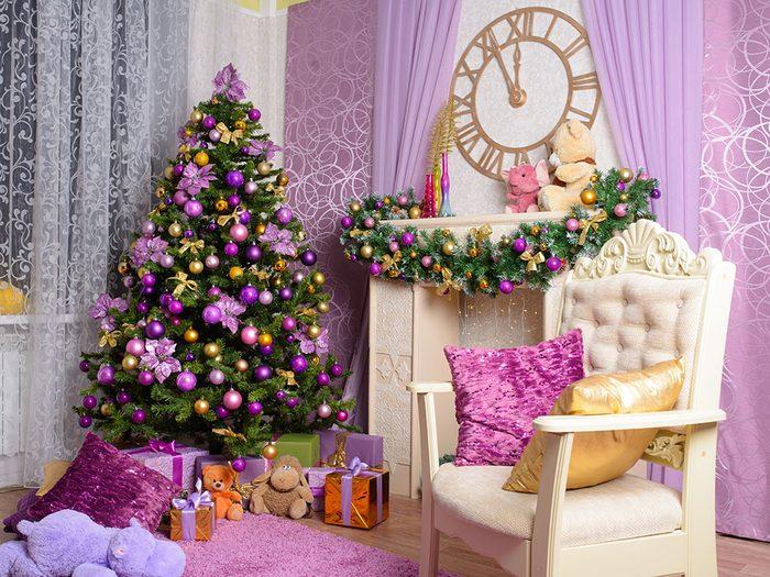 Choisir une couleur originale pour son sapin de Noël.