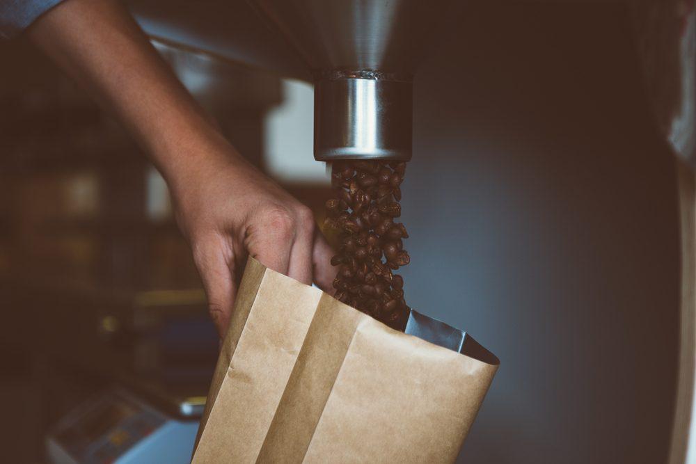 Utilisez toujours des grains de café frais
