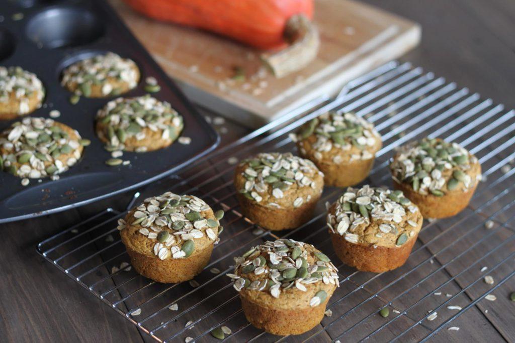 Muffin végétalien aux épices, à la citrouille et au chia