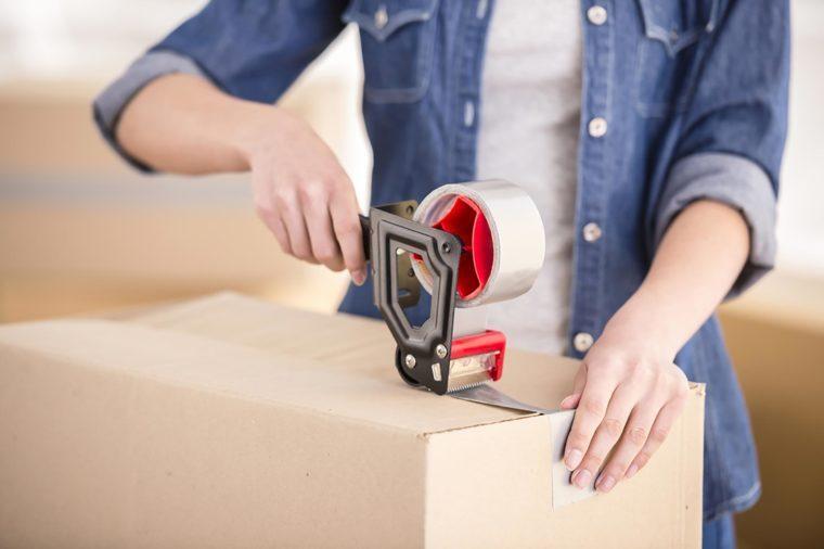 Divorcer implique souvent un déménagement.