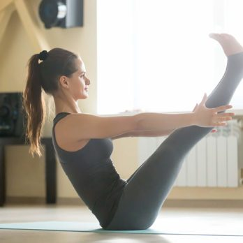 6 postures de yoga pour maigrir et être plus en en forme