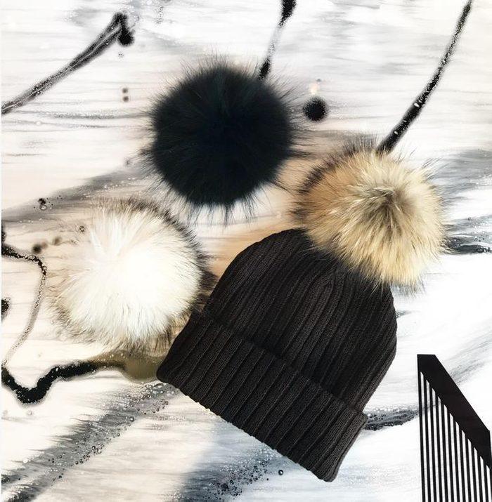 Pour garder son style même en hiver, on ne néglige pas le chapeau