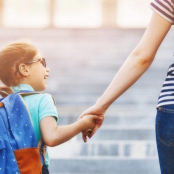 8 façons de soulager votre anxiété quand votre enfant commence la maternelle