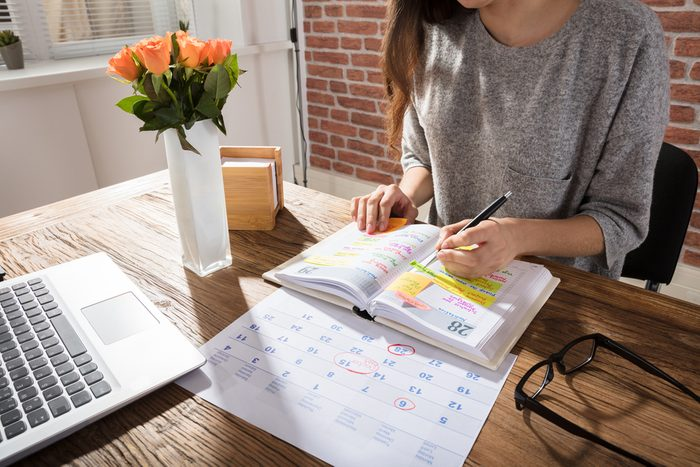 Commencez votre journée de télétravail avec un emploi du temps.