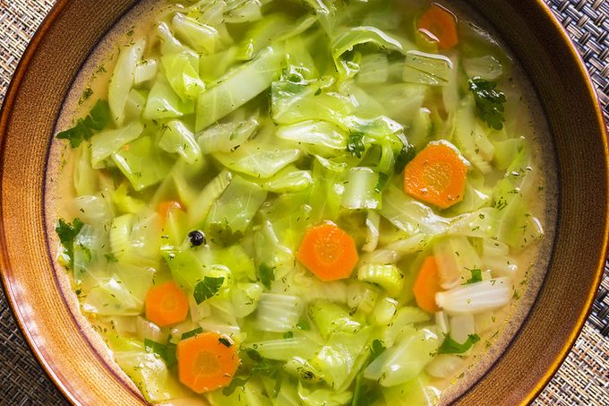 10 choses que vous devez savoir sur le régime de la soupe au chou