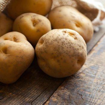 9 aliments à ne jamais manger crus