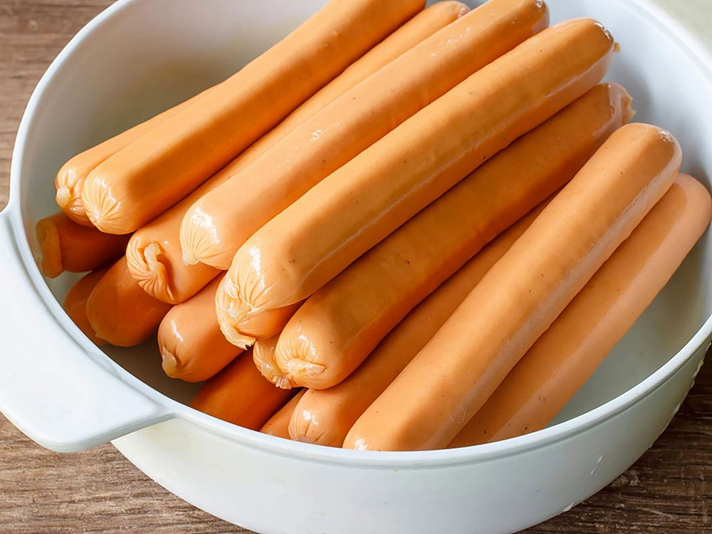 Loins d'être bons sur le plan nutritif, crus, les hot dogs sont terriblement dangereux.