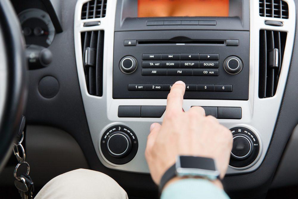 Permettez-moi de vous expliquer pourquoi... vous coupez la radio quand vous cherchez votre chemin en voiture
