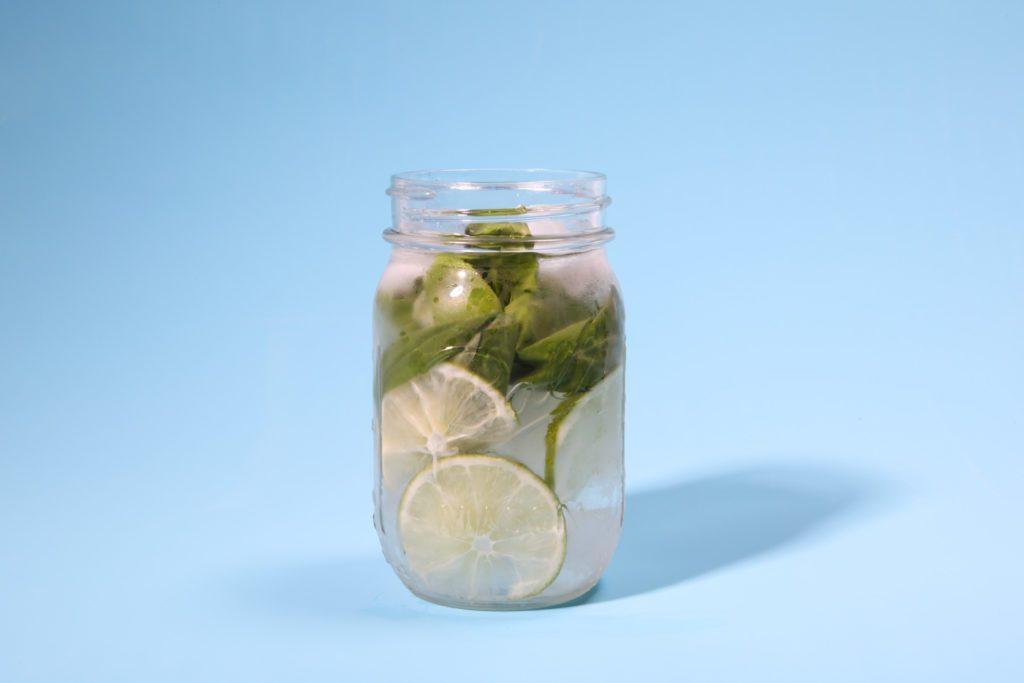 Citron vert et basilic